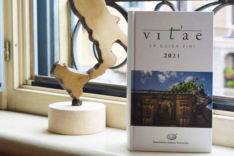 La Guida Vitae 2021, sono 694 i vini premiati con il massimo punteggio