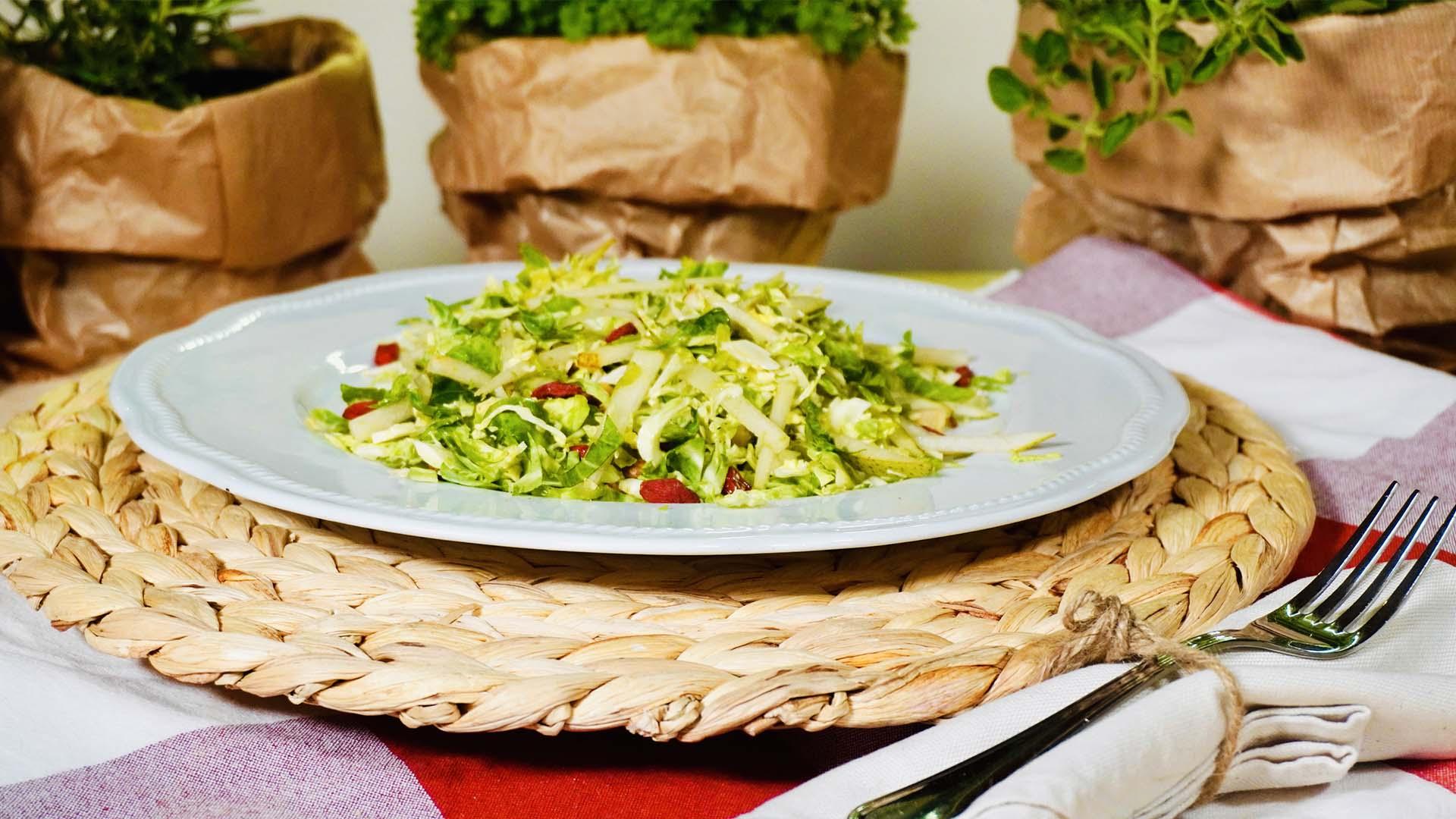 Monte del Frà pairings: Chiaretto di Bardolino DOC e insalata ai cavolini di Bruxelles