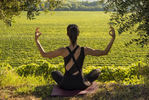 Yoga al tramonto a Custoza